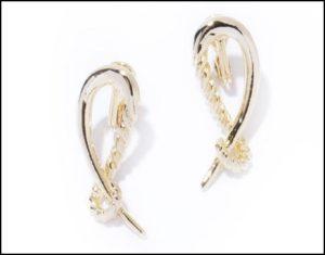 IRIS47、hooks earrings