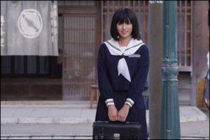 深田恭子、制服姿