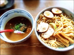 六三六 つけ麺 梅田 人気 ラーメン
