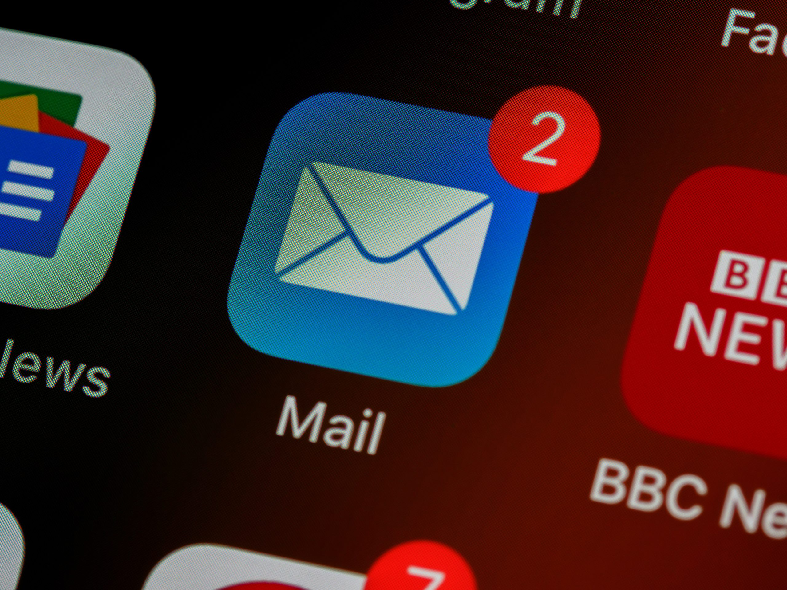 就活メールの返信はどこまで必要?内定者が実践したマナーを紹介!