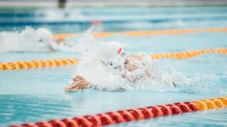 安藤萌々は水泳で日焼けが凄かった?カップ数やスリーサイズも予想!